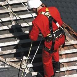 Zestaw asekuracyjny do prac na stromym dachu ROOFER PRO