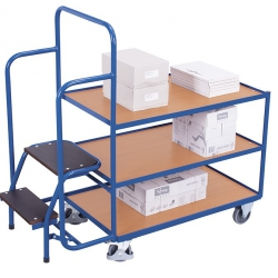 Wózek z 3 półkami i schodkami do kompletacji