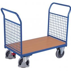 Wózek z dwoma burtami wyposażony w obrotowe koła z hamulcem i osłoną