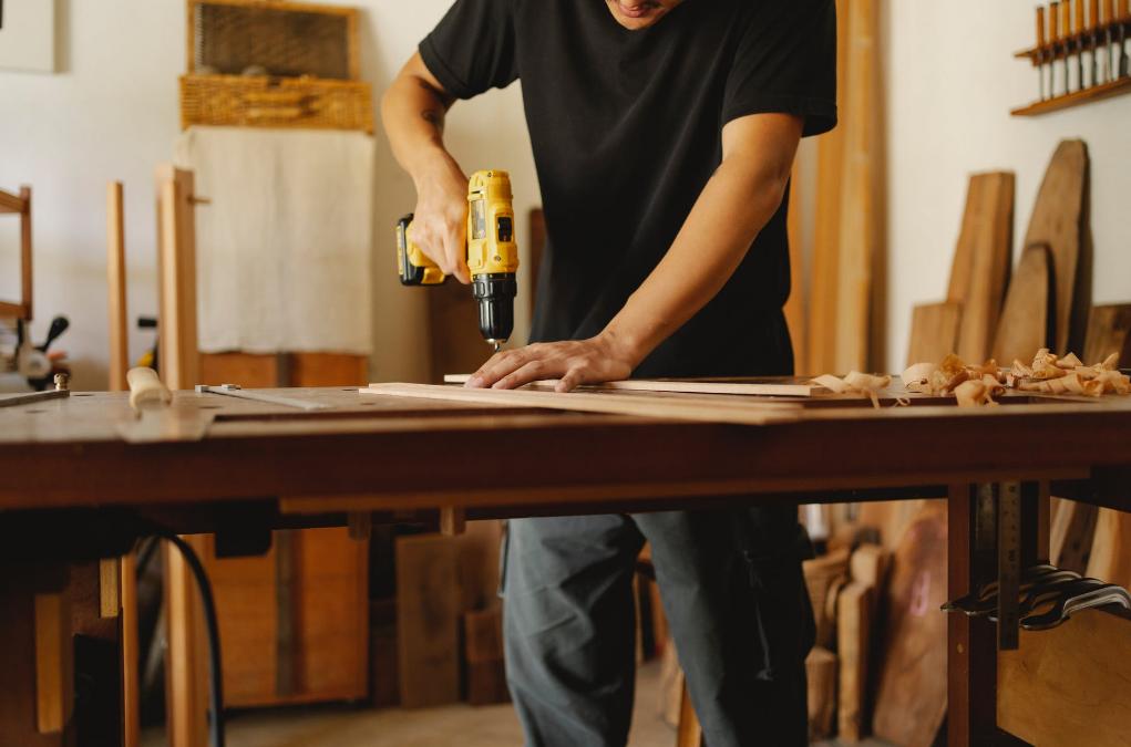 Na co zwrócić uwagę podczas doboru miejsca pod warsztat stolarski?
